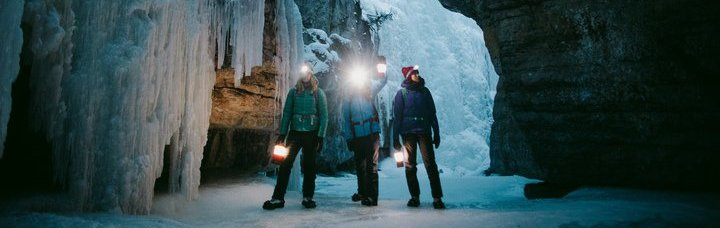 Maligne Canyon Icewalks